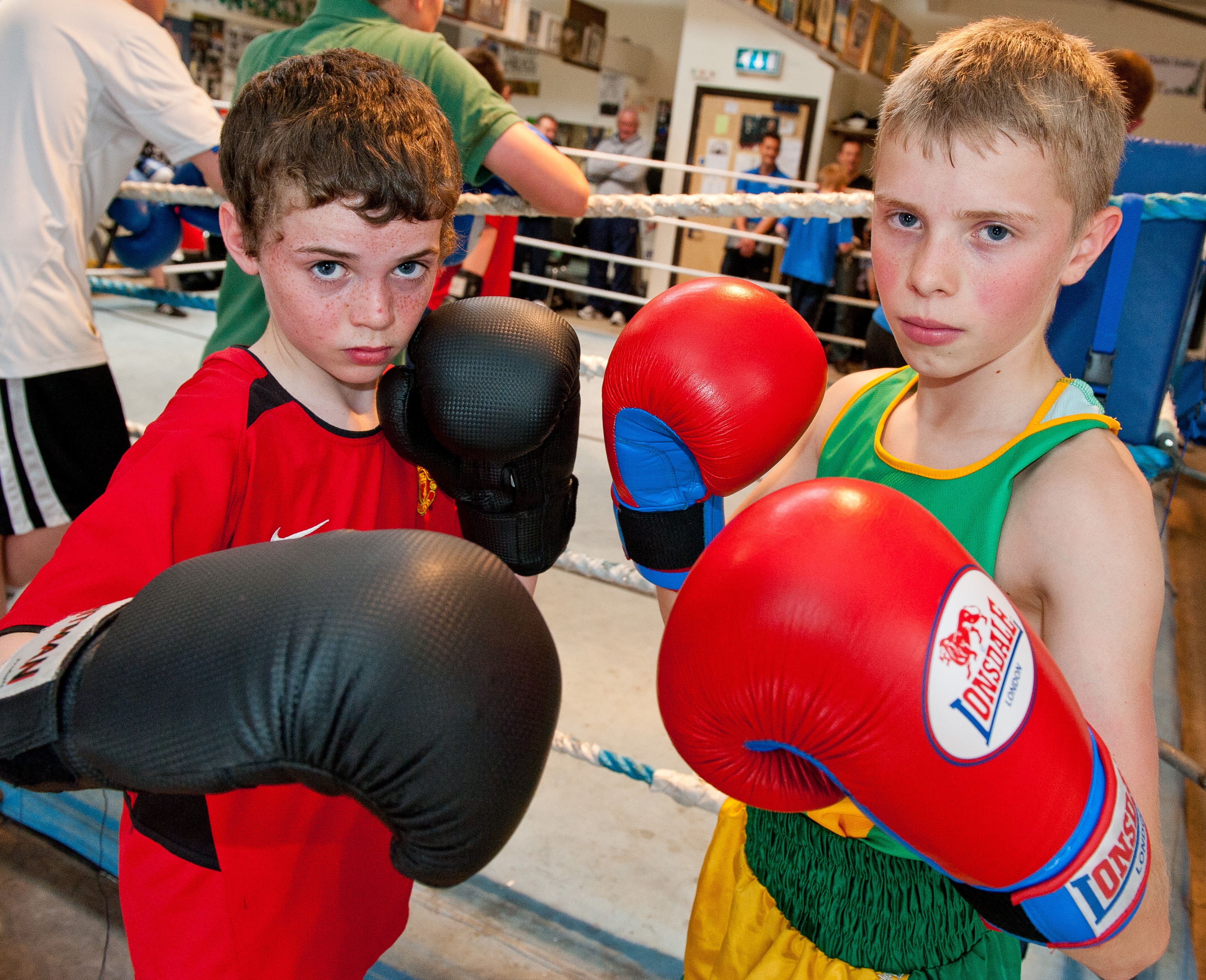 Young boxers bridge divide by punching for peace
