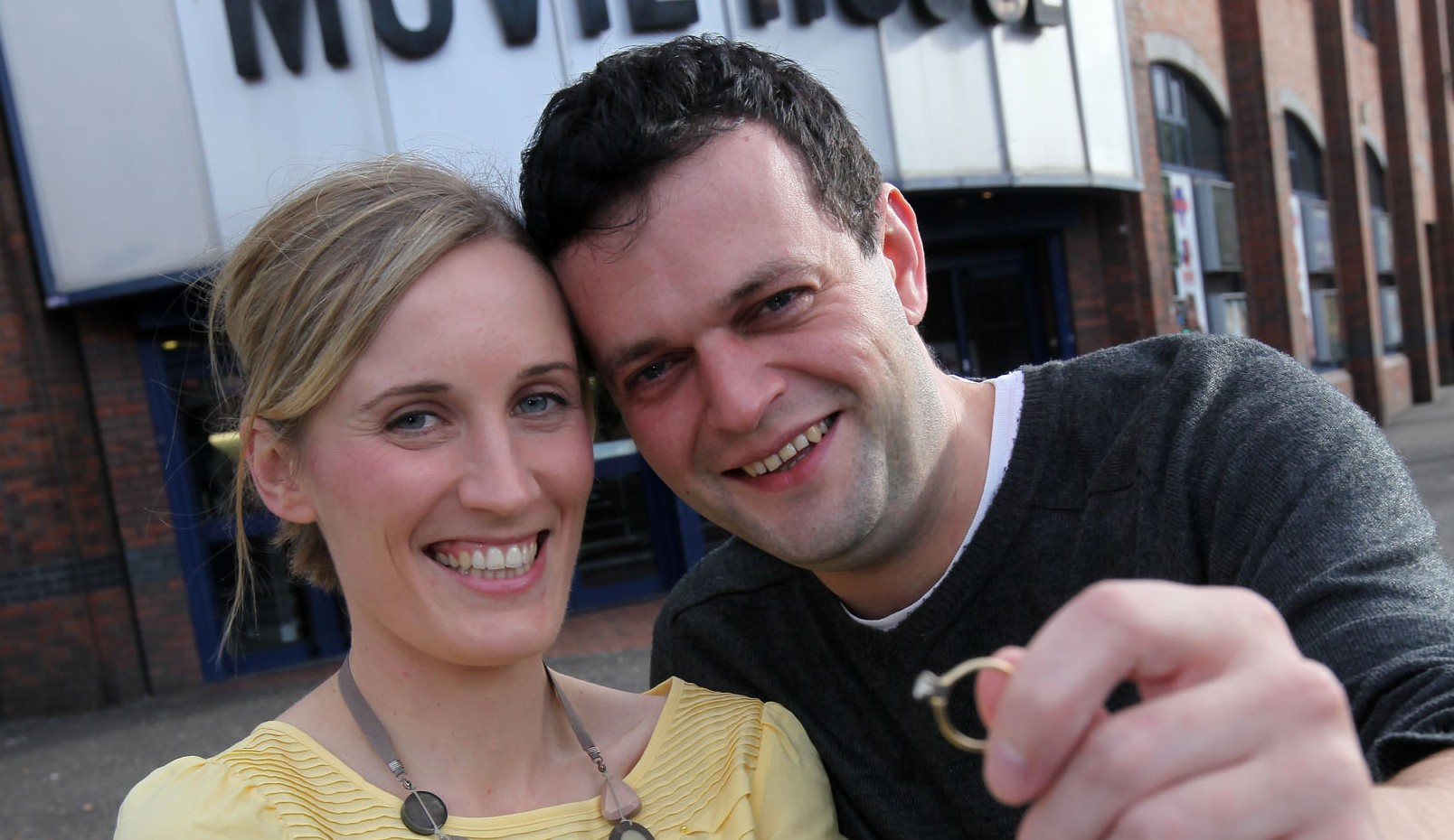 Picture perfect proposal for Belfast couple